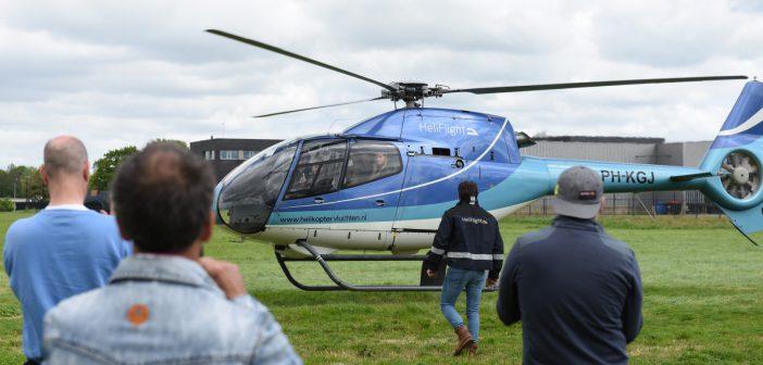 Jumbo helikoptervluchten over Leek (Video)