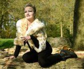 Speelgroep Leek brengt openluchtspel met een slimme kat