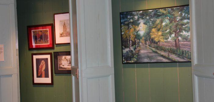 Expositie zondagsschilders uit Tolbert geopend