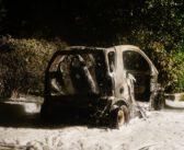Auto uitgebrand aan De Veenen in Zevenhuizen